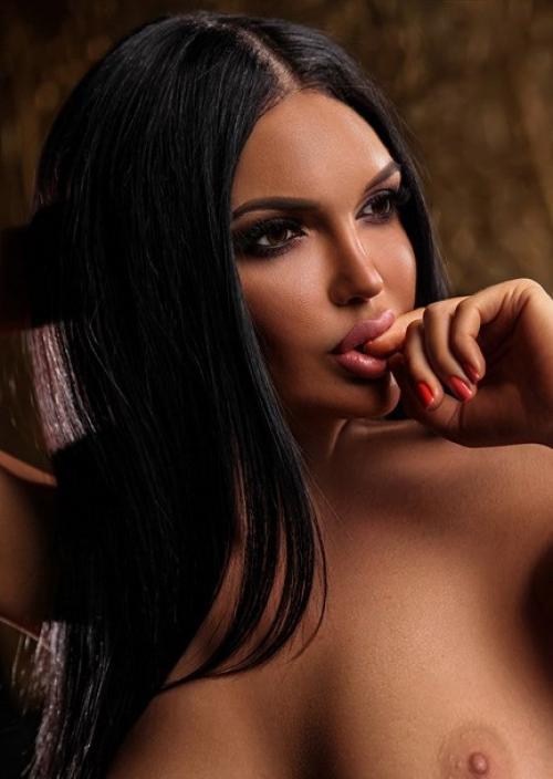 Alina Sweet