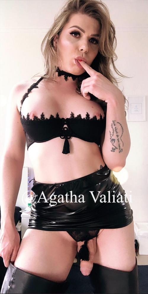 PORNO STAR  Agata Valiati