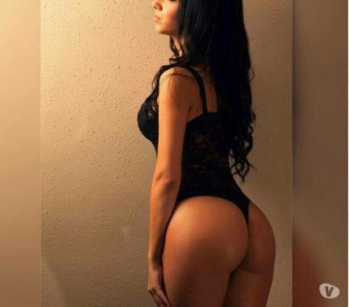 Renata hot